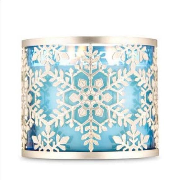 New BBW snowflake three wick candle holder